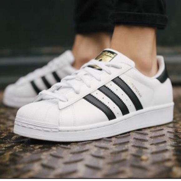 Adidas Superstar Bianco Poshmark Nero Poshmark Bianco Non 55 0921aa